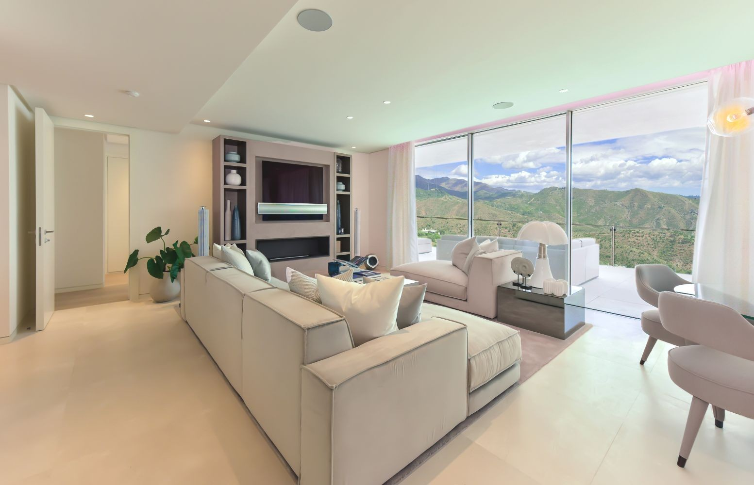 New Contemporary Project of Apartments & Penthouses With Incredible Views  in Lexington Realty